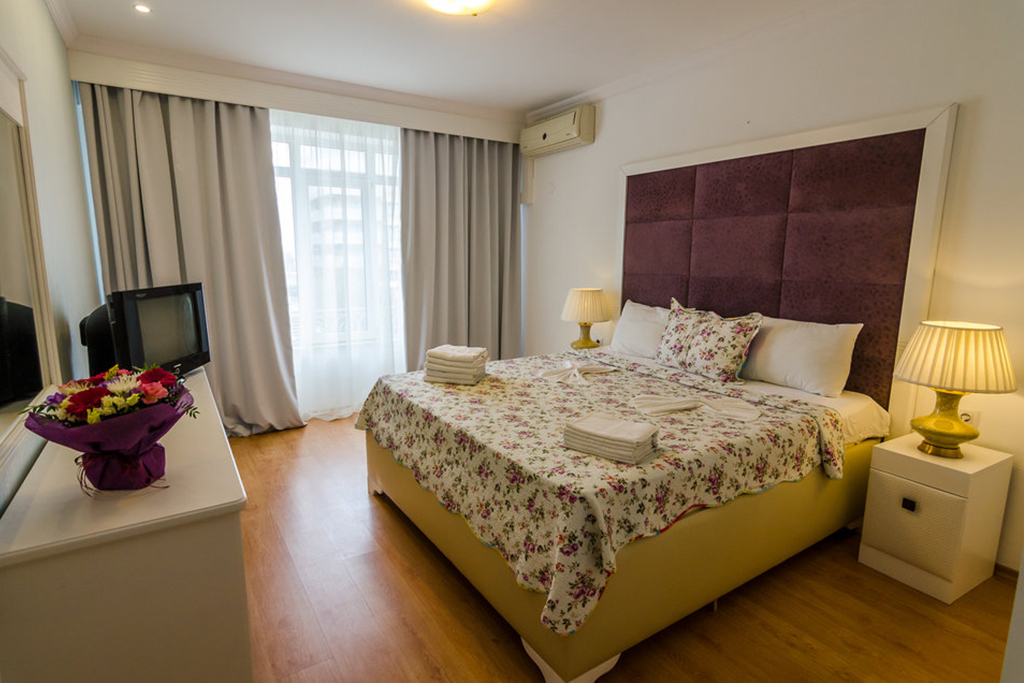 Apartament 3 camere standard -Phoenicia Holiday Resort