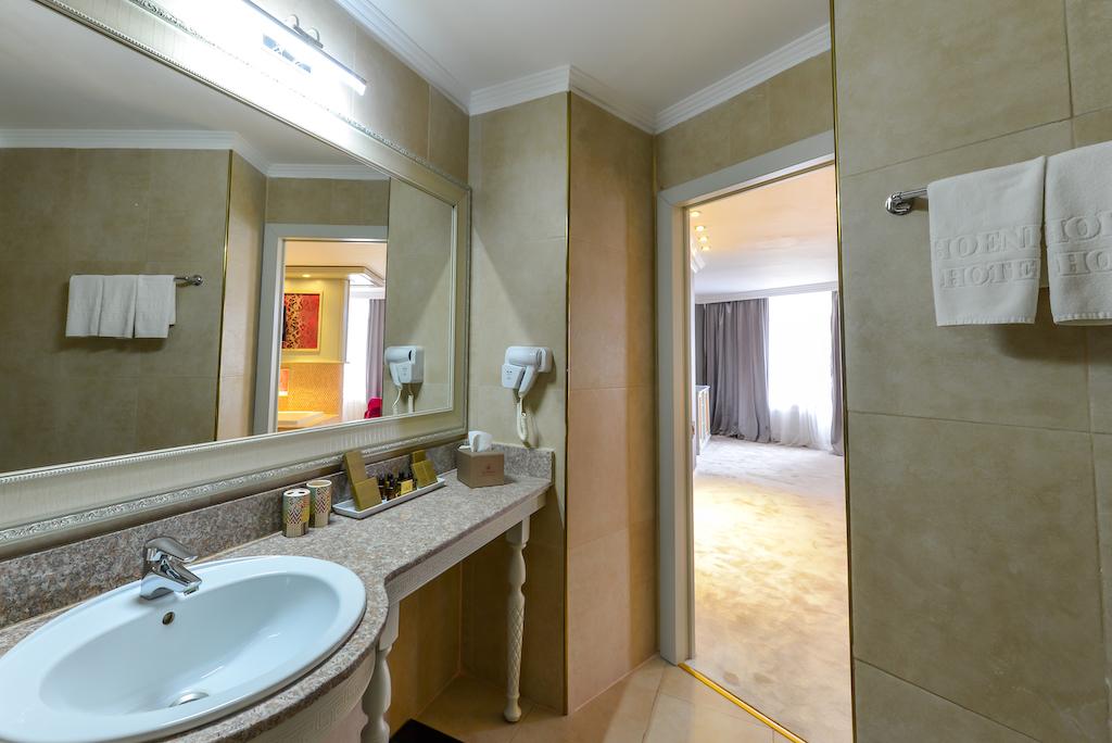 Apartament Deluxe Junior -Phoenicia Grand Hotel