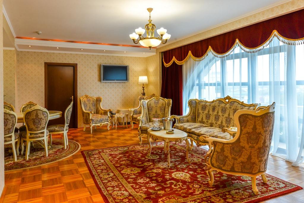 Apartament Royal -Phoenicia Grand Hotel