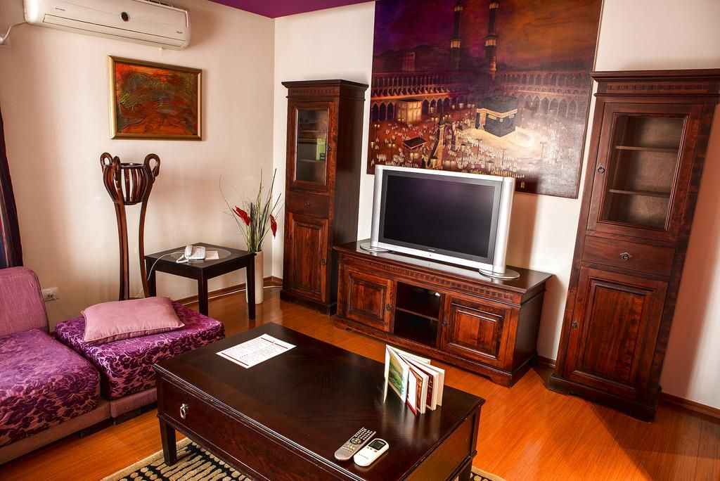 Penthouse -Phoenicia Suites