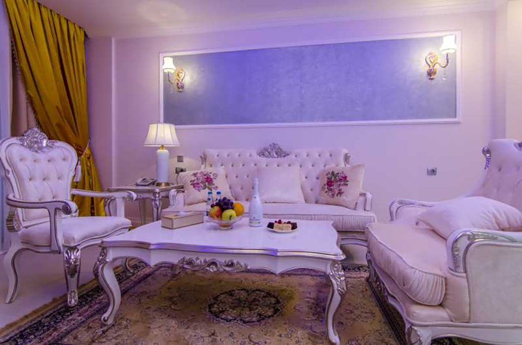 Deluxe Suite -Phoenicia Royal